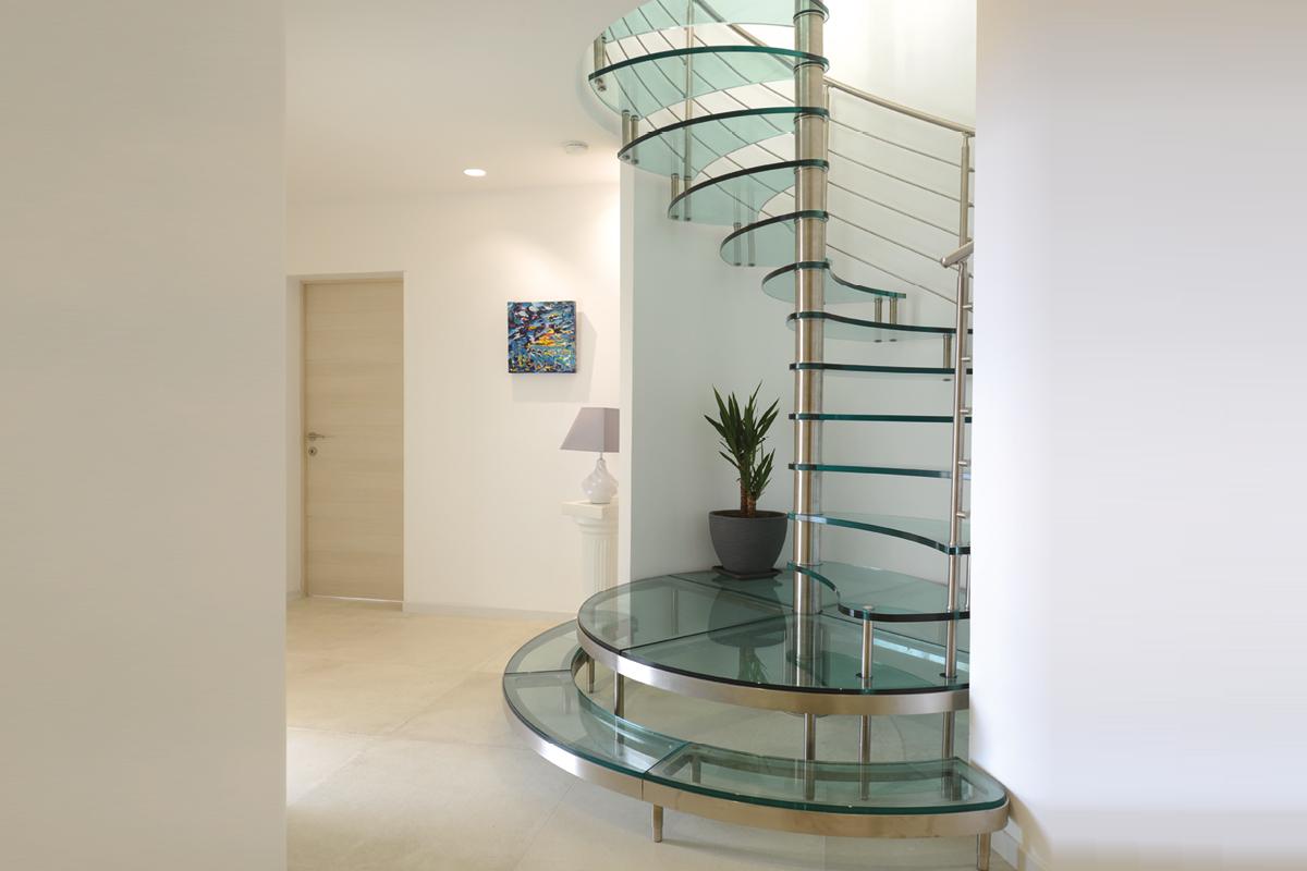 Spiral-glass